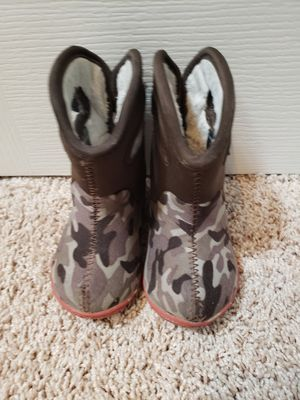 Baby Bogs Size 4 for Sale in Snohomish, WA