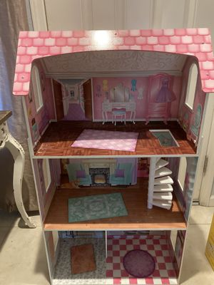 Kidkraft doll house for Sale in Selma, CA