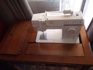 Singer Sewing Machine Table for Sale in Phoenix, AZ
