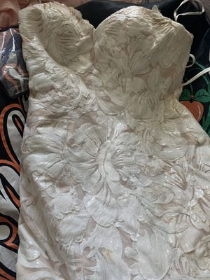 Wedding / prom dress lightly worn for Sale in Chicago, IL