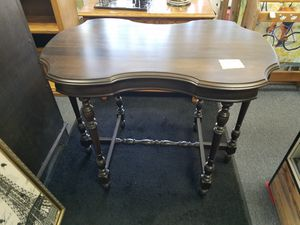 Table consol for Sale in Modesto, CA