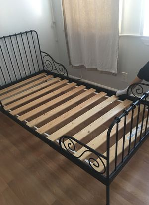 Twin bed metal for Sale in San Francisco, CA