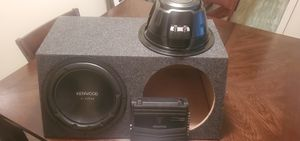 """Kenwood Excelon 12"""" Subwoofer with sub box AND 400 watt Kenwood Amp for Sale in Tucker, GA"""