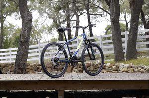 Huffy Hardtail Mountain Bike, Stone Mountain 24-26 inch 21-Speed, Lightweight, Dark Blue for Sale in Las Vegas, NV