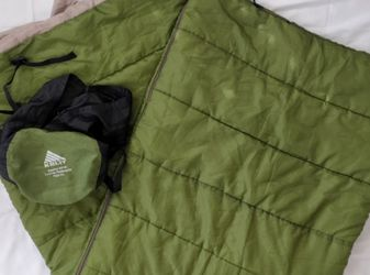 Kelty Equinox 40F Synthetic Quilt Sleeping Bag Regular Size Camping Hiking for Sale in San Diego,  CA