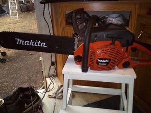 Makita chainsaw 20 inch bar for Sale in Kent, WA