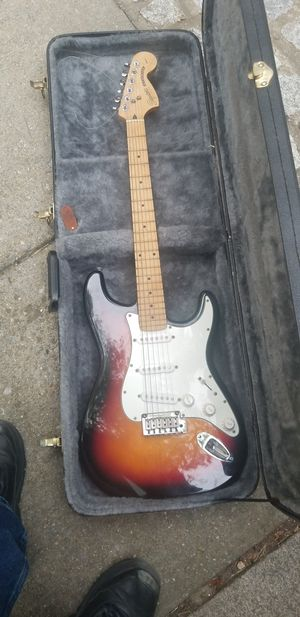 Squier Stratocaster Guitar and tkl case for Sale in Silver Spring, MD