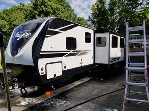 2020 Grand design imagine 3000qb bunkhouse travel trailer camper for Sale in New Bedford, MA