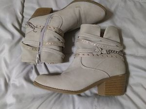 Girls Soda Boots - size 4M for Sale in Kannapolis, NC