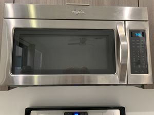Whirlpool Microwave for Sale in Sunrise, FL