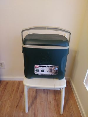 Igloo 26L cooler for Sale in Austin, TX