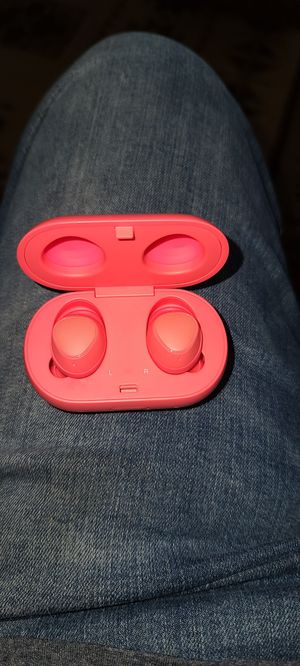 Galaxy earbuds work great for Sale in Puyallup, WA
