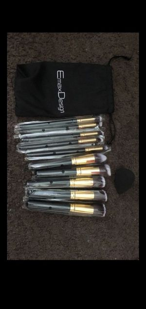 Makeup brushes for Sale in Clearwater, FL