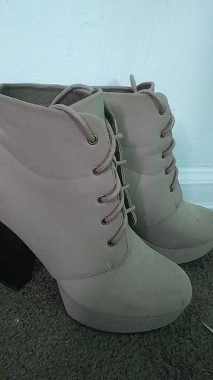 Size 7 Heel boots for Sale in Wichita, KS