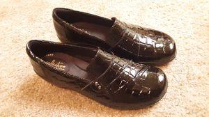 Brand new Crocs! (wide width) for Sale in Fort Wayne, IN