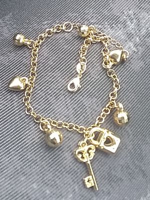 """18KT. """"GOLD-FILLED!"""" (CHARM!) BRACELETE! for Sale in Waterbury, CT"""