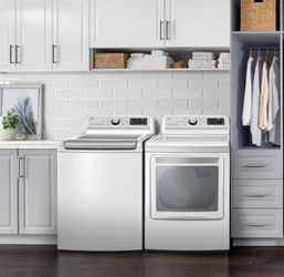 LG Washer And Dryer for Sale in Tolleson,  AZ