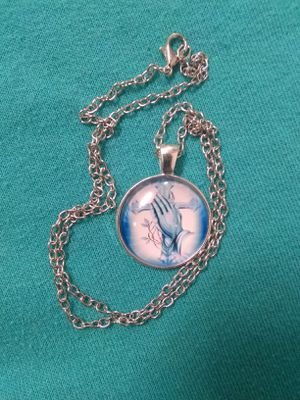 SiLveR GLasS CRoSs PeNdaNt NeCkLaCe for Sale in Bountiful, UT