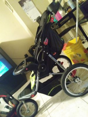 Baby stroller for Sale in Severn, MD
