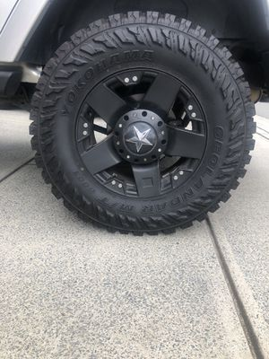 4 35inch Wheels and Rim with Star cap for Sale in Charlotte, NC