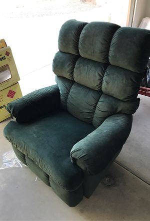 Free Reclining Chair. for Sale in Chandler, AZ