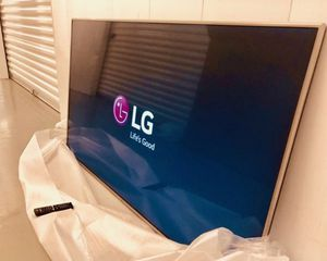 """55"""" LG 55UK6500 4K UHD HDR LED SMART TV 2160P (FREE DELIVERY) for Sale in Lakewood, WA"""