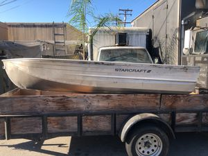 12 foot StarCraft aluminum boat good condition for Sale in Arcadia, CA