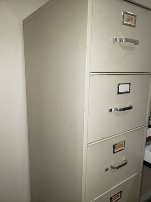 File cabinets 5 drawers for Sale in Torrance, CA