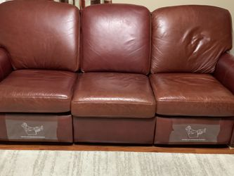 La-Z- Boy Leather recliner Sofa for Sale in Chandler,  AZ
