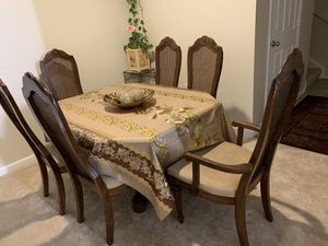 Dining table with six chairs for Sale in Chantilly, VA