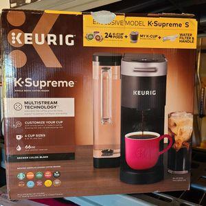 k Supreme keurig for Sale in Bloomington, CA