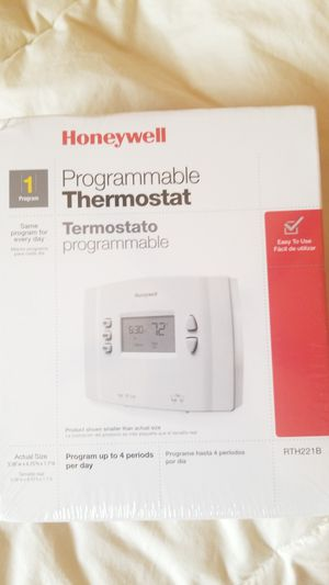 Honeywell Programmable thermostat RTH221B for Sale in West Mifflin, PA