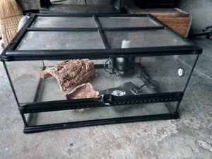 Exo Terra reptile turtle tortoise tank for Sale in Babylon, NY