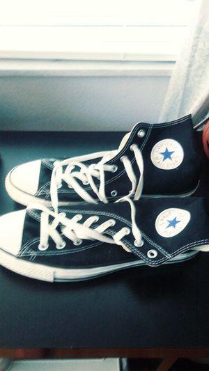 Men's size 10 Converse for Sale in Palm Harbor, FL