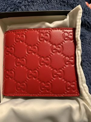 Gucci signature wallet for Sale in Miami, FL
