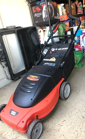 Black and decker lawnmower for Sale in Las Vegas, NV