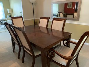 Dinning table and 6 chairs for Sale in Burke, VA