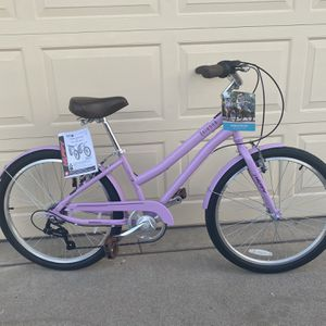 BRAND NEW ** Huffy Girls' Sienna 24 in 7-Speed Comfort Bicycle for Sale in Mesa, AZ