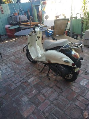 50cc scooter for Sale in Los Angeles, CA