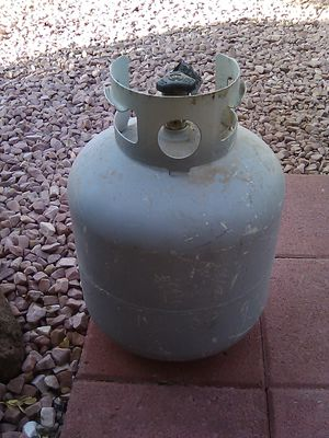 5 gallon propane tank for Sale in Palmdale, CA
