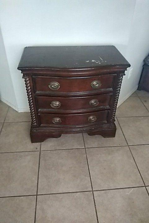 Bedroom set. Dresser with mirror, 2 big night stands, and head board/footboard/frame for king size bed. Solid oak..