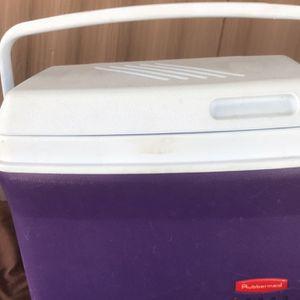 Vintage Rubbermaid Cooler Mod 1827 for Sale in Chandler, AZ