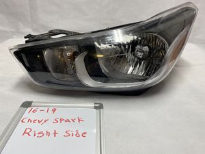16-19 Chevy spark passenger headlight for Sale in Matteson, IL