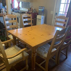 Kitchen/breakfast Table Solid Wood, 6 Chairs for Sale in Rockdale, IL