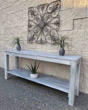 Elegant rustic design hallway console table for Sale in Lake Elsinore, CA
