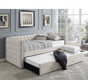 NEW IN THE BOX. DAYBED IVORY , SKU# TC5335IV for Sale in Westminster, CA