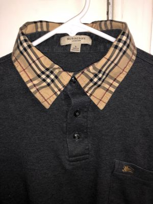 Women's vintage Burberry shirt for Sale in Snohomish, WA