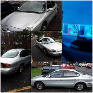 1996 Ford Taurus for Sale in Levittown, PA