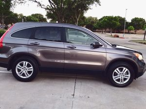 WELL MAINTAINED HONDA CRV 2010 BLUETOOTH WIERLESS LOW MILES for Sale in Richmond, VA
