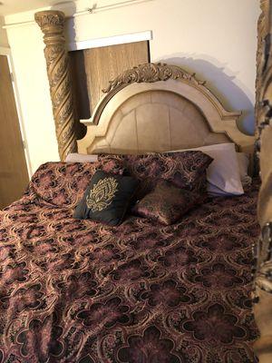 King bedroom set for Sale in Boulder, CO